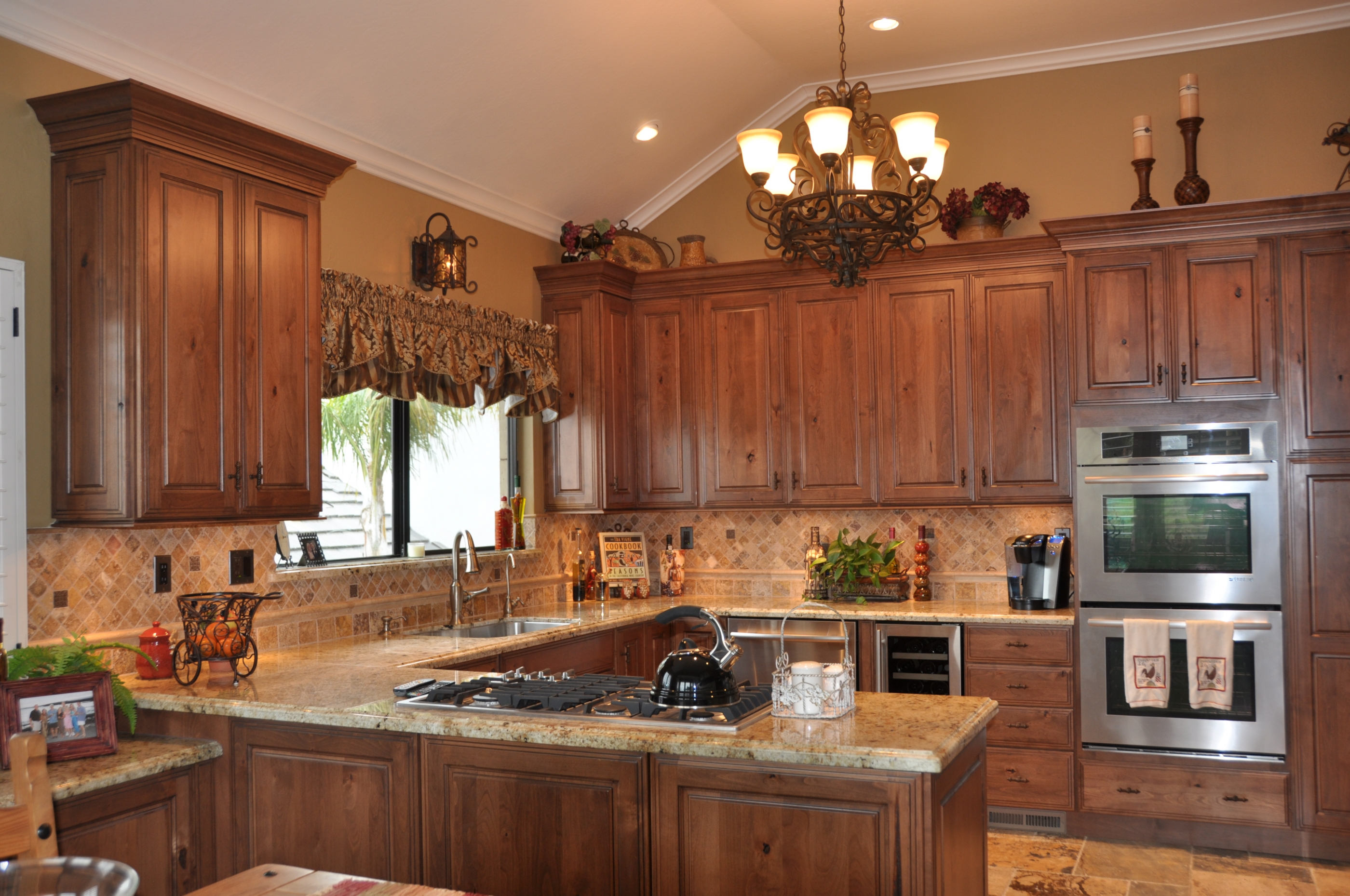 Kitchen & Wet Bar - Danville, CA
