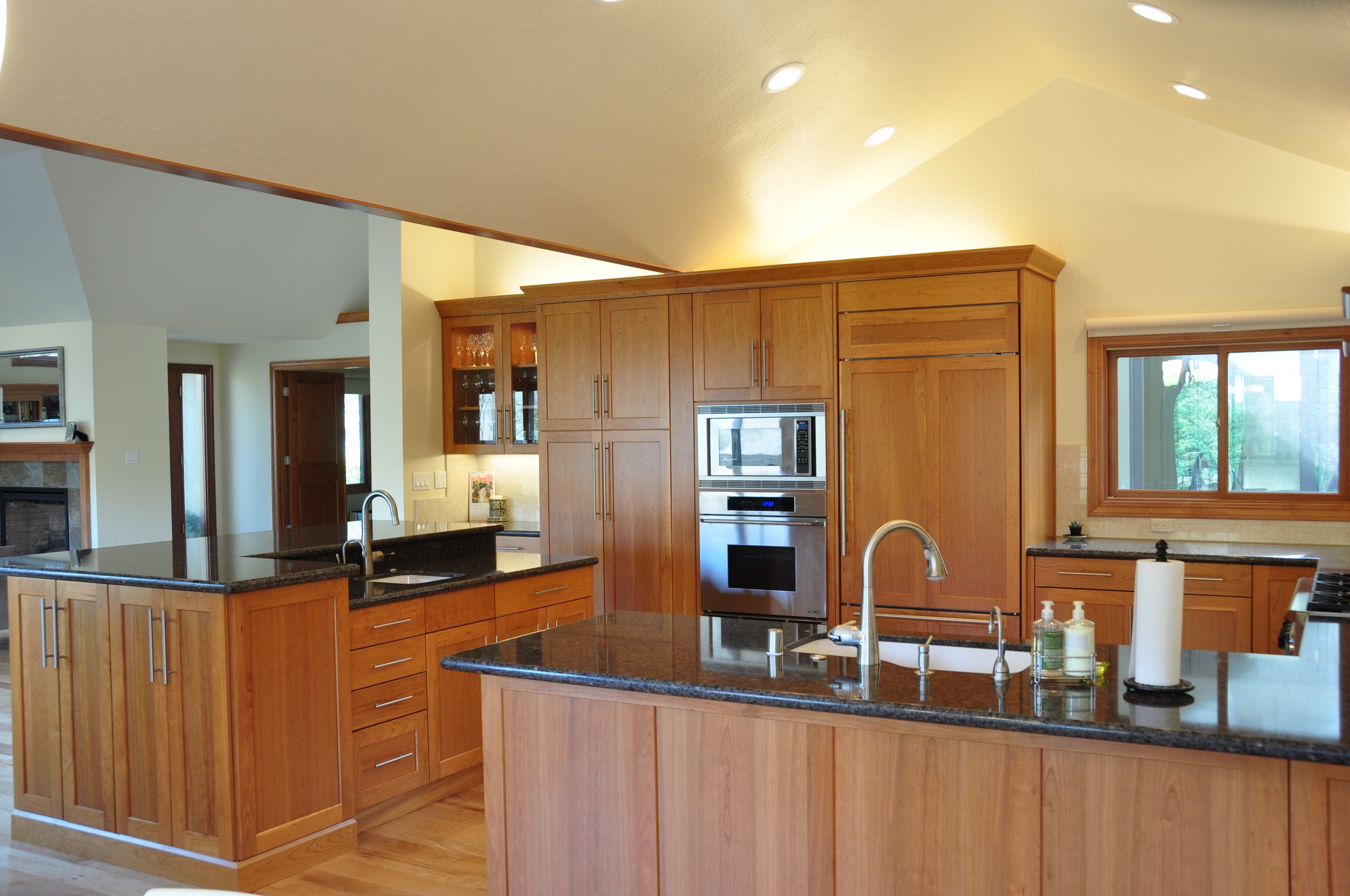 Entertainment Center, Kitchen & Bathroom - Alamo, CA